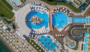 A view of the pool at Miraggio Thermal Spa Resort or nearby