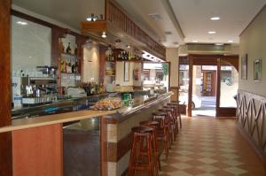 The lounge or bar area at Bar Pensión Restaurante Bidasoa