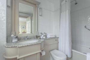 A bathroom at The Grand Brighton