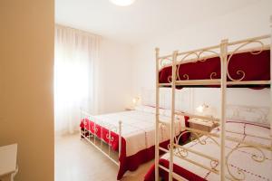 Palanda nebo palandy na pokoji v ubytování Apartment-House Depa