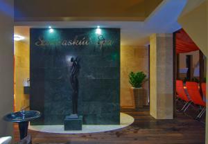 A bathroom at Szarvaskút Hotel
