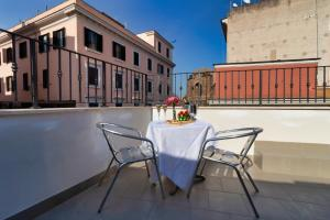 A balcony or terrace at Hotel Balilla