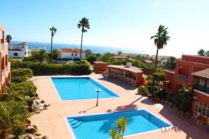 A view of the pool at Hotel Belavista Da Luz or nearby