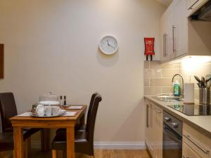 A kitchen or kitchenette at Clover