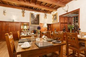 A restaurant or other place to eat at The Barcaldine Castle