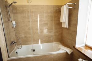 A bathroom at Reikartz Zhytomyr