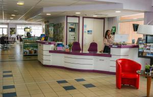 The lobby or reception area at Association Villa Saint Camille