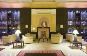 The lobby or reception area at Alhambra Thalasso