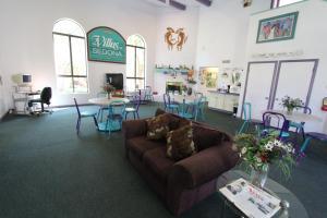 The lobby or reception area at Sedona Springs Resort, a VRI resort