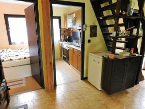 A kitchen or kitchenette at Holiday home in Agard/Velence-See 34926