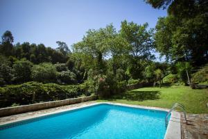 A piscina em ou perto de Quinta da Agraceira Casa do Caseiro