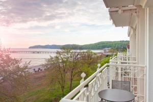 A balcony or terrace at Hotel AM MEER & Spa
