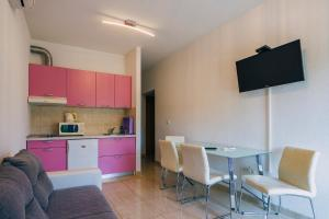 Kuchyň nebo kuchyňský kout v ubytování Apartments Dea Baška Voda