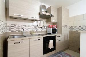 Cucina o angolo cottura di Your home in Napoli
