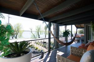 A balcony or terrace at Paradise Waters - Yarrawonga