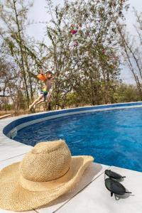 The swimming pool at or near Sougri Doogo - le jardin