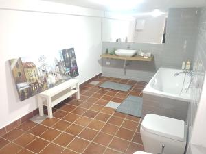 "A bathroom at "" MASSIMO 2 SUITE "" apartment palermo center wifi"