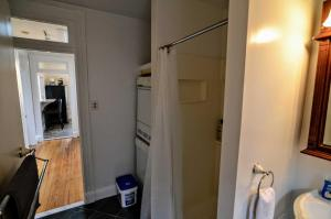A bathroom at 2123 R St Nw #3 Apts