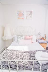 A bed or beds in a room at ▷◍New Luxurious Resort◍(stuЙninɡ ct VieW-APT【SYD】