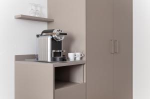 Coffee and tea-making facilities at Hotel Engel