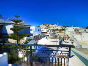 Θέα της πισίνας από το Ξενοδοχείο Τατάκη  ή από εκεί κοντά