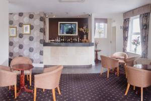 The lounge or bar area at The Croham Hotel