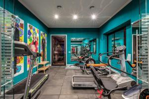 The fitness centre and/or fitness facilities at Hotel 87 eighty-seven - Maison d'Art Collection