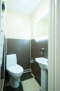 A bathroom at Hotel City 2