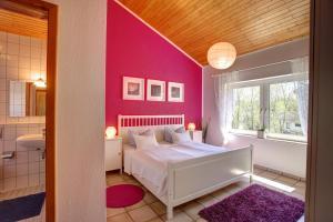 Ein Bett oder Betten in einem Zimmer der Unterkunft Apartment am Wirschbach