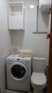 Ванная комната в Апартаменты Аленка на 7-й Садовой площадке, 1
