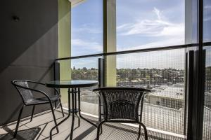 A balcony or terrace at [Modern City] Comfy and warm Apt@Parkville+Carpark