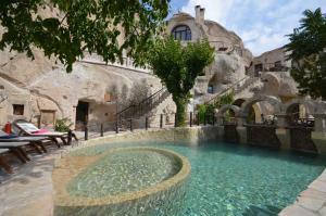 The swimming pool at or near Gamirasu Cave Hotel