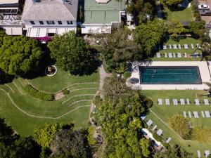 A bird's-eye view of Vineyard Hotel