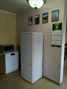 A kitchen or kitchenette at Apartments 7 Palmes