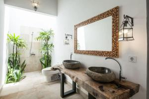 A bathroom at Apart Villa Sunbird