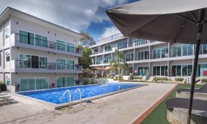 The swimming pool at or near Pandora