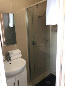 A bathroom at Classical 1bedroom Studio*Close to airport&CBD