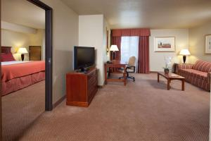 A television and/or entertainment center at Best Western Plus Henderson Hotel
