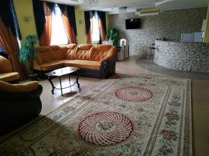 Гостиная зона в Гостиница Октябрьская