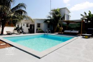 A piscina localizada em Bonita Rancho 4 ou nos arredores