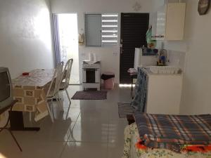 A kitchen or kitchenette at Casa Prox Camara Municipal