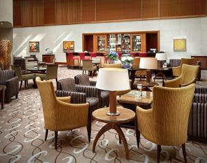 The lounge or bar area at Regent Warsaw Hotel