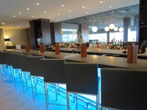 A restaurant or other place to eat at Delta Hotels by Marriott Kingston Waterfront