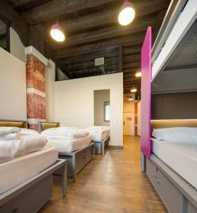 A bed or beds in a room at Generator Venice