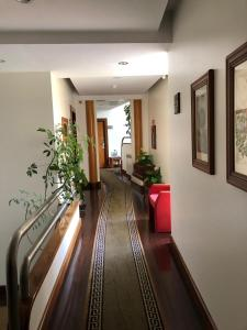 The lobby or reception area at Hotel Ulveira