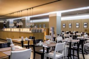 Ресторан / где поесть в AZIMUT Отель Санкт-Петербург