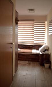 "A bathroom at Hotel ""VIR"""