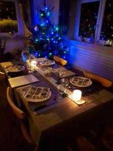 Restaurant ou autre lieu de restauration dans l'établissement Chambre d'Hotes Le Saut de La Truite