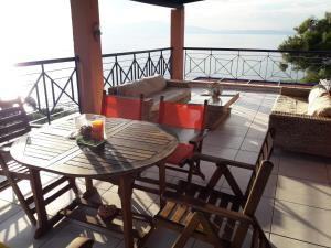 A balcony or terrace at Villa Chrysi