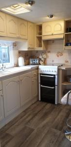 A kitchen or kitchenette at Angels retreat
